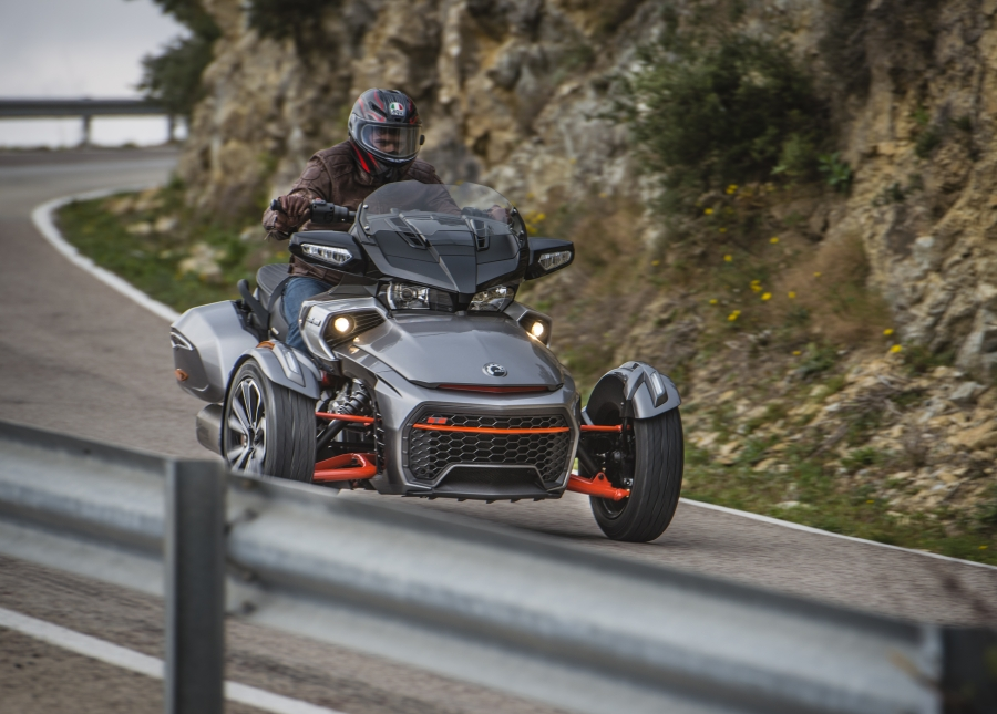 Can-Am Spyder F3T Chase