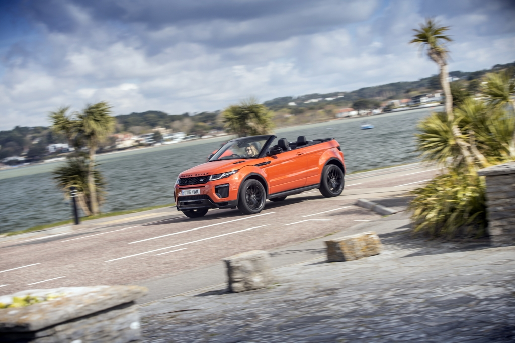 Land Rover Evoque Convertible lifetstyle