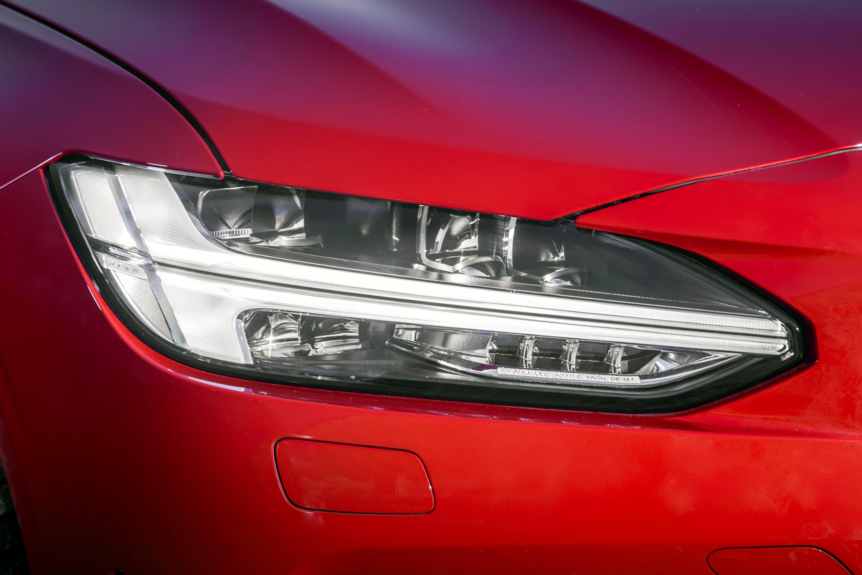 Volvo S90 R-Design light
