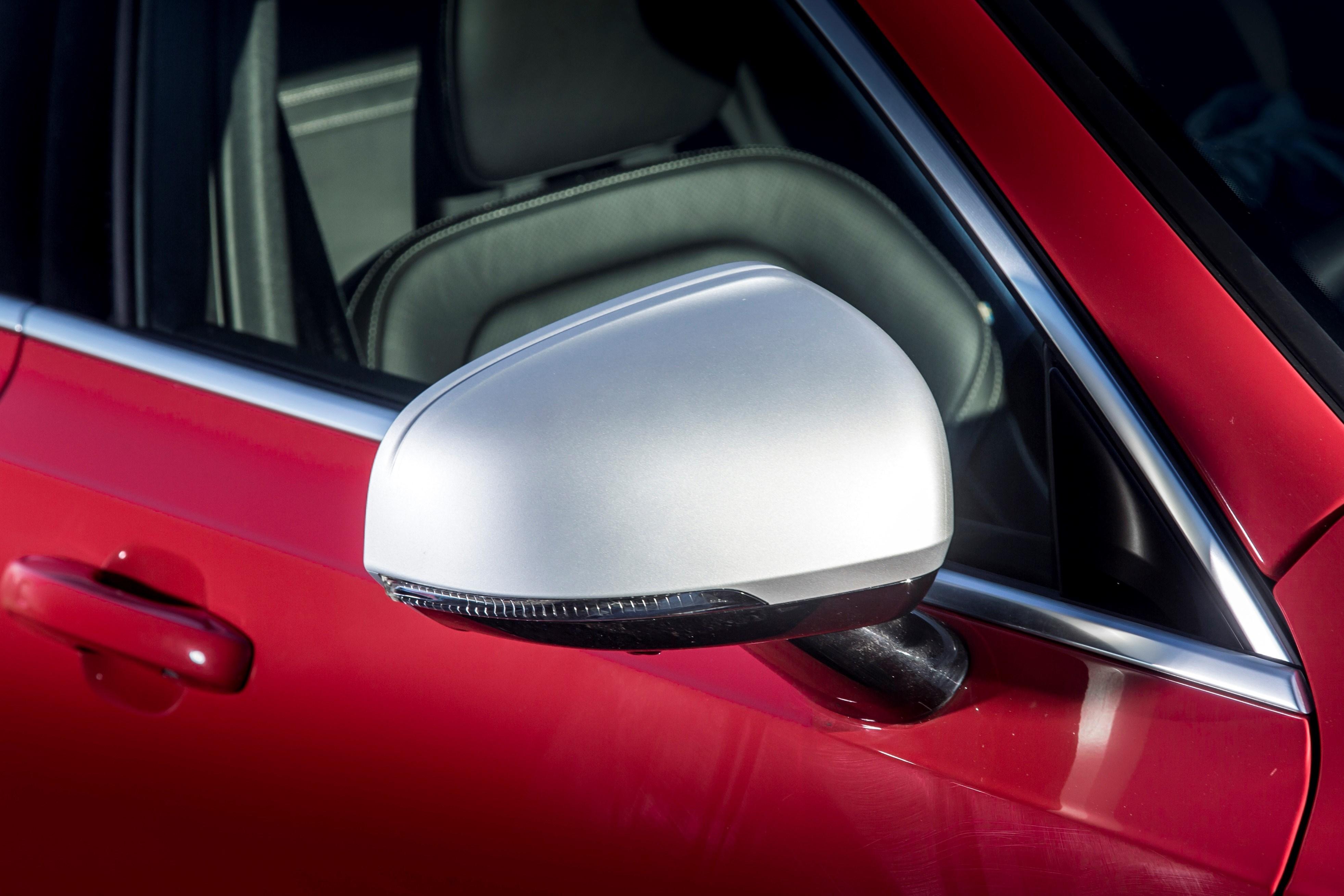 Volvo S90 R-Design wing mirror