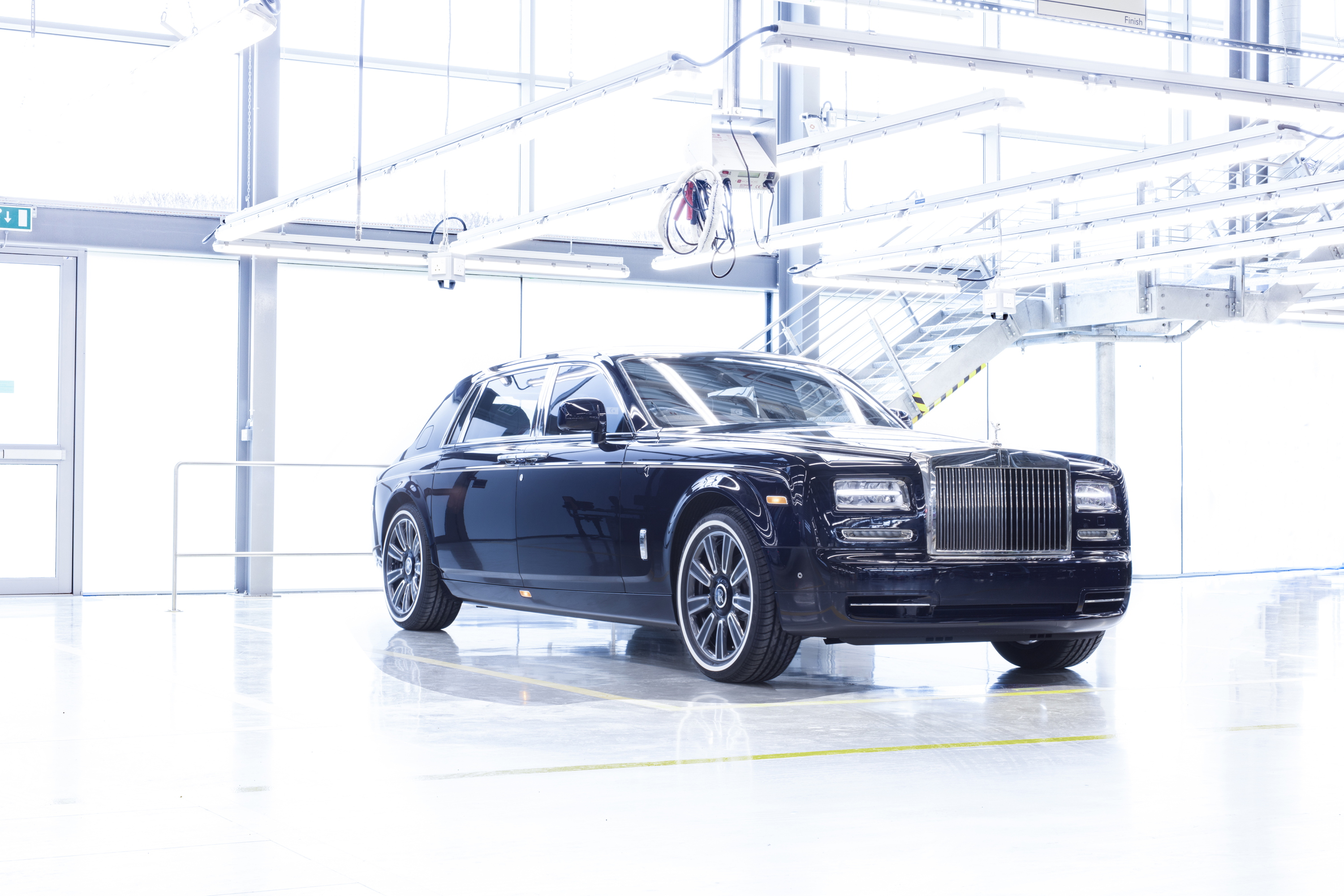 Final Rolls-Royce Phantom VII front