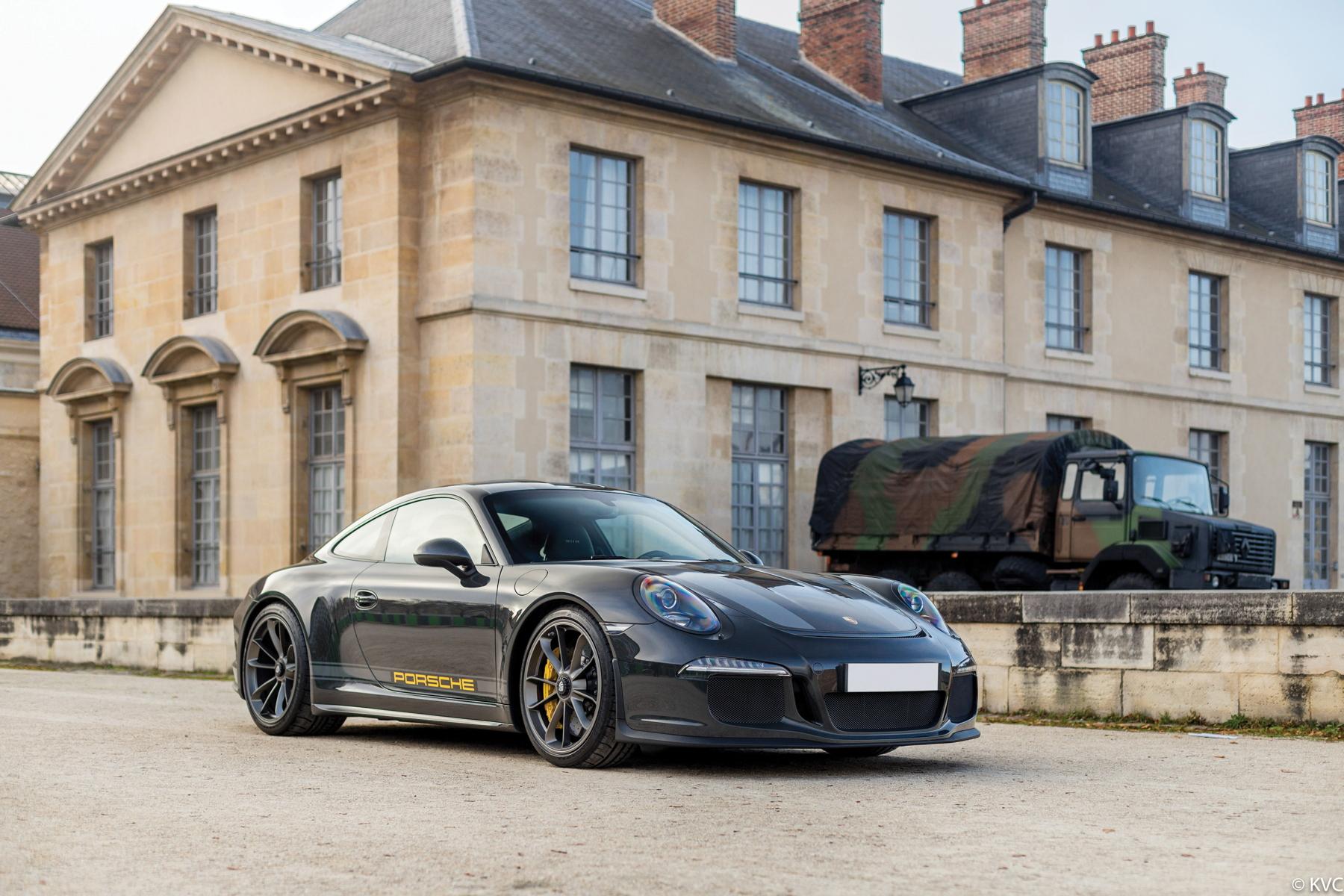 RM Sotheby's Retromobile - Porsche 911 R