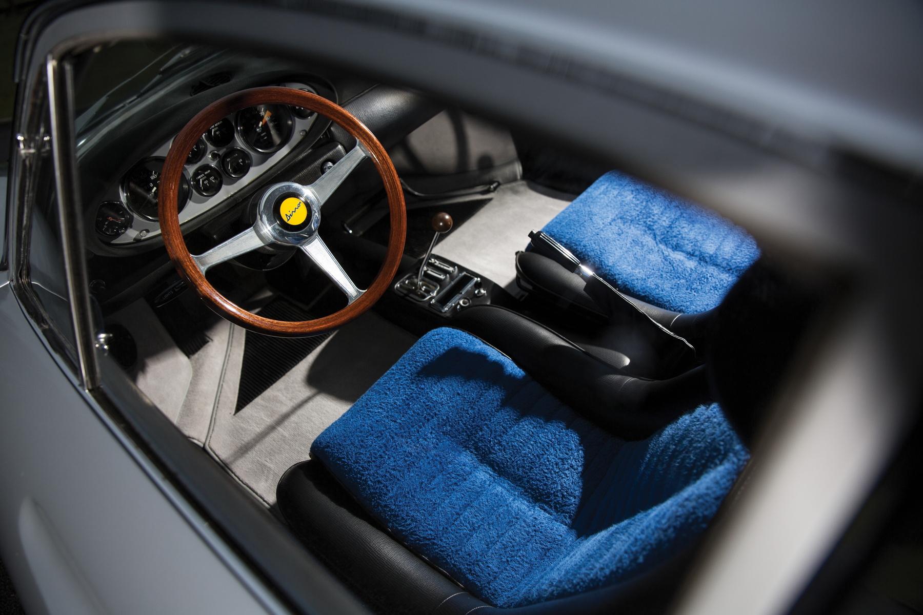 RM Sotheby's Retromobile - Ferrari Dino 206 GT cockpit