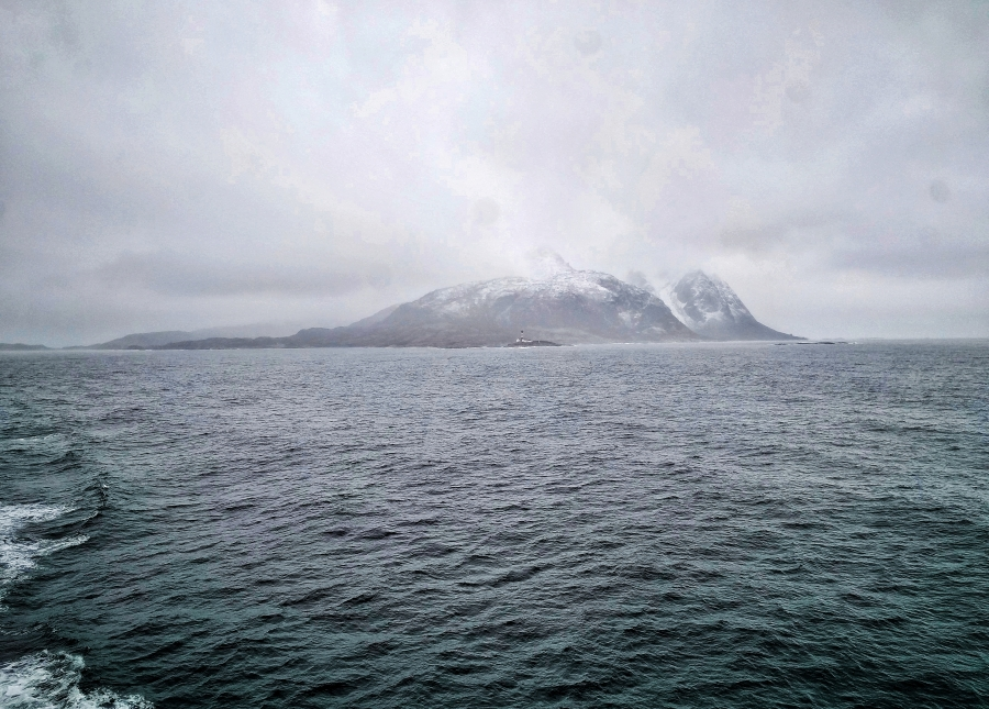 Misty Norwegian mountains