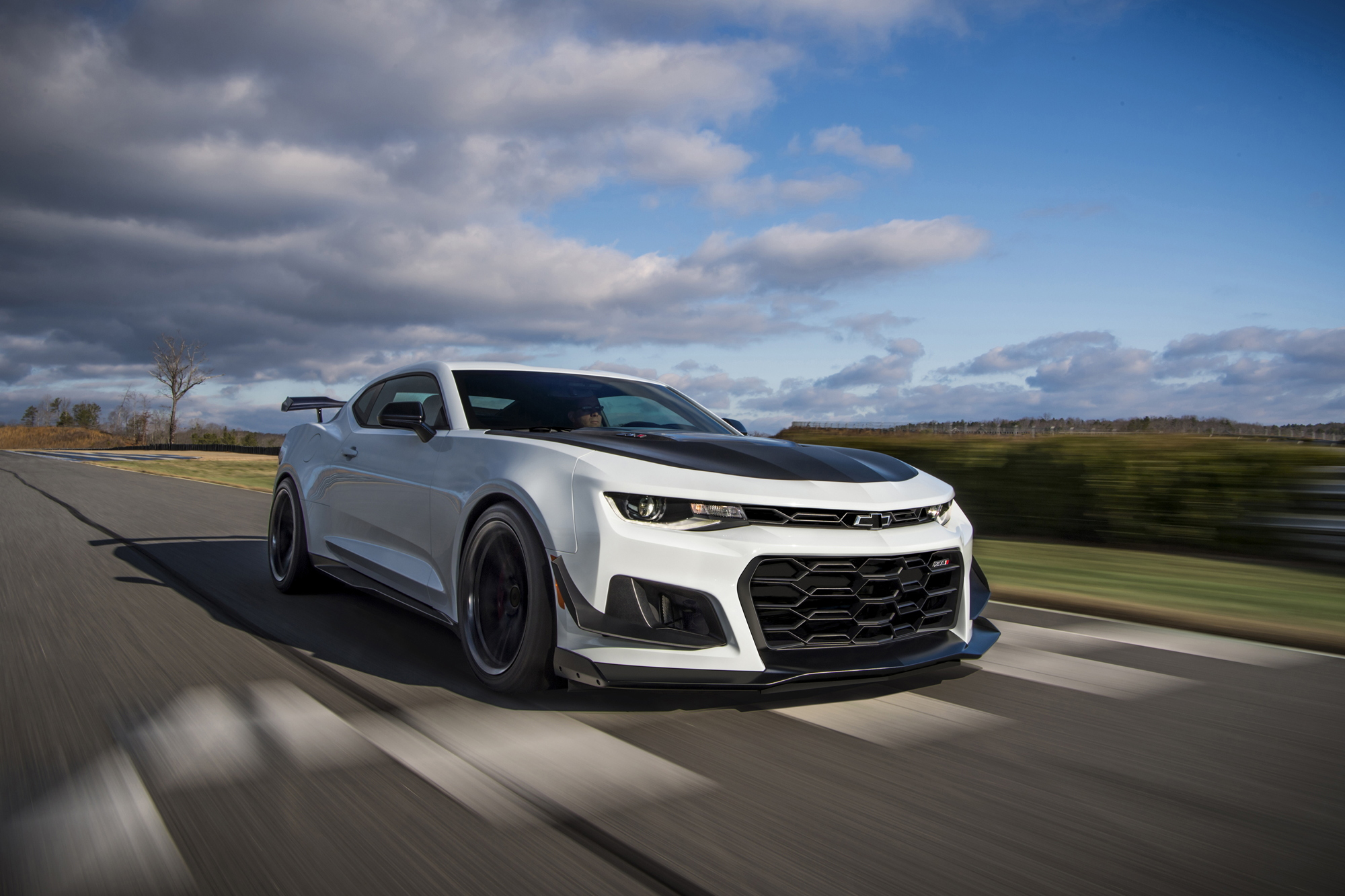 2018 Chevrolet Camaro ZL1 1LE on track