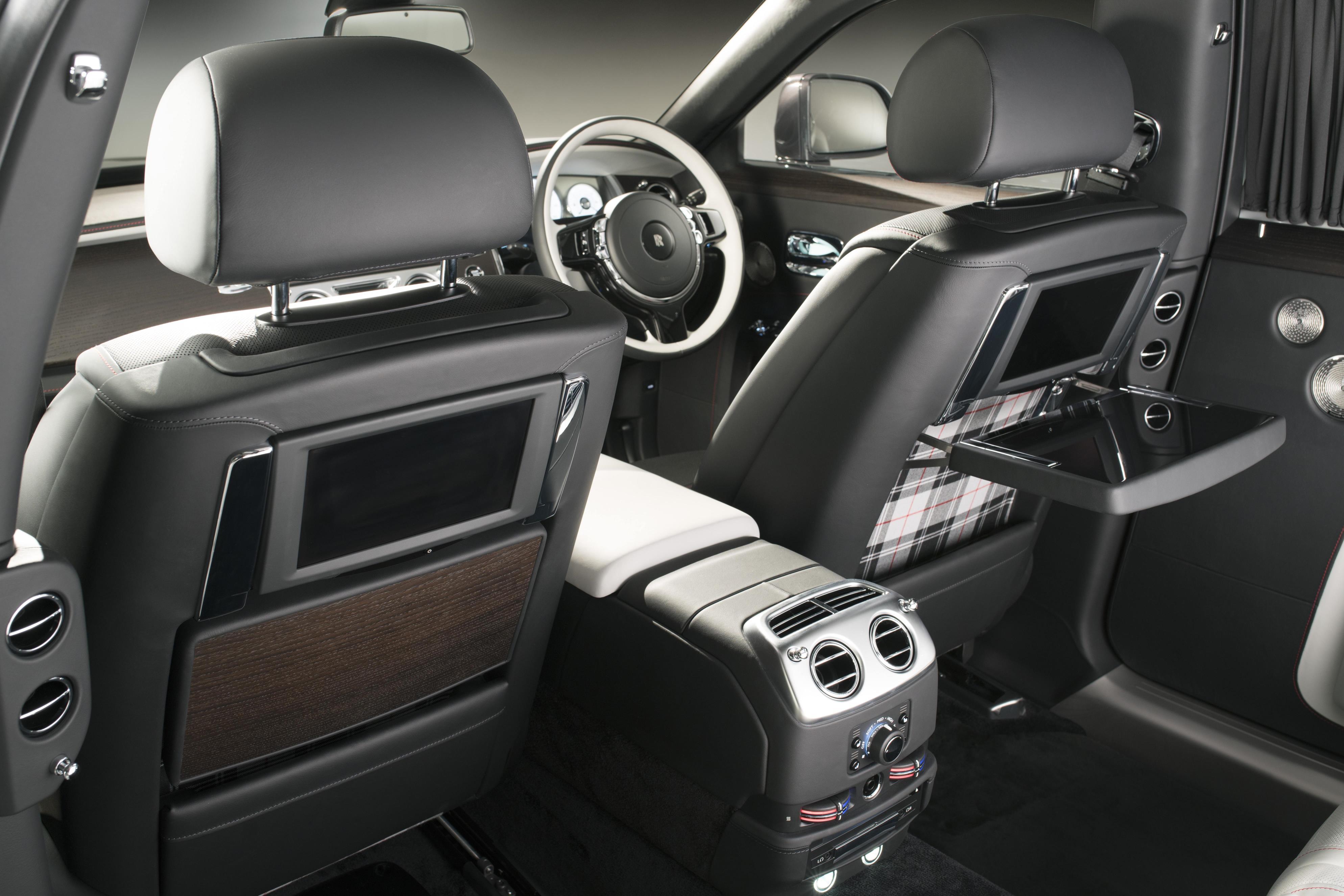 Rolls-Royce Ghost Elegance interior