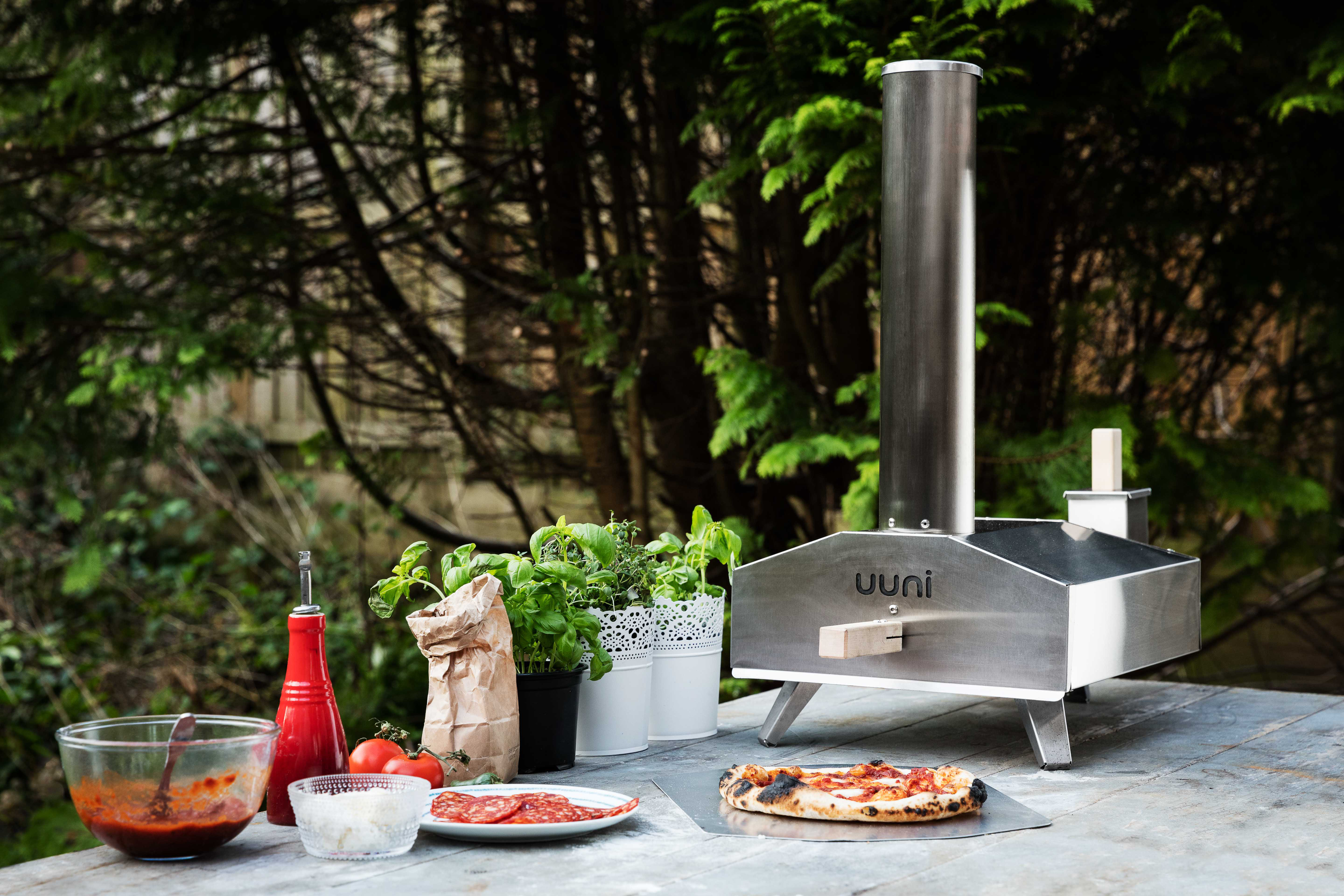 Flat Out Magazine Uuni 3 Wood Fired Oven Flat Out Magazine