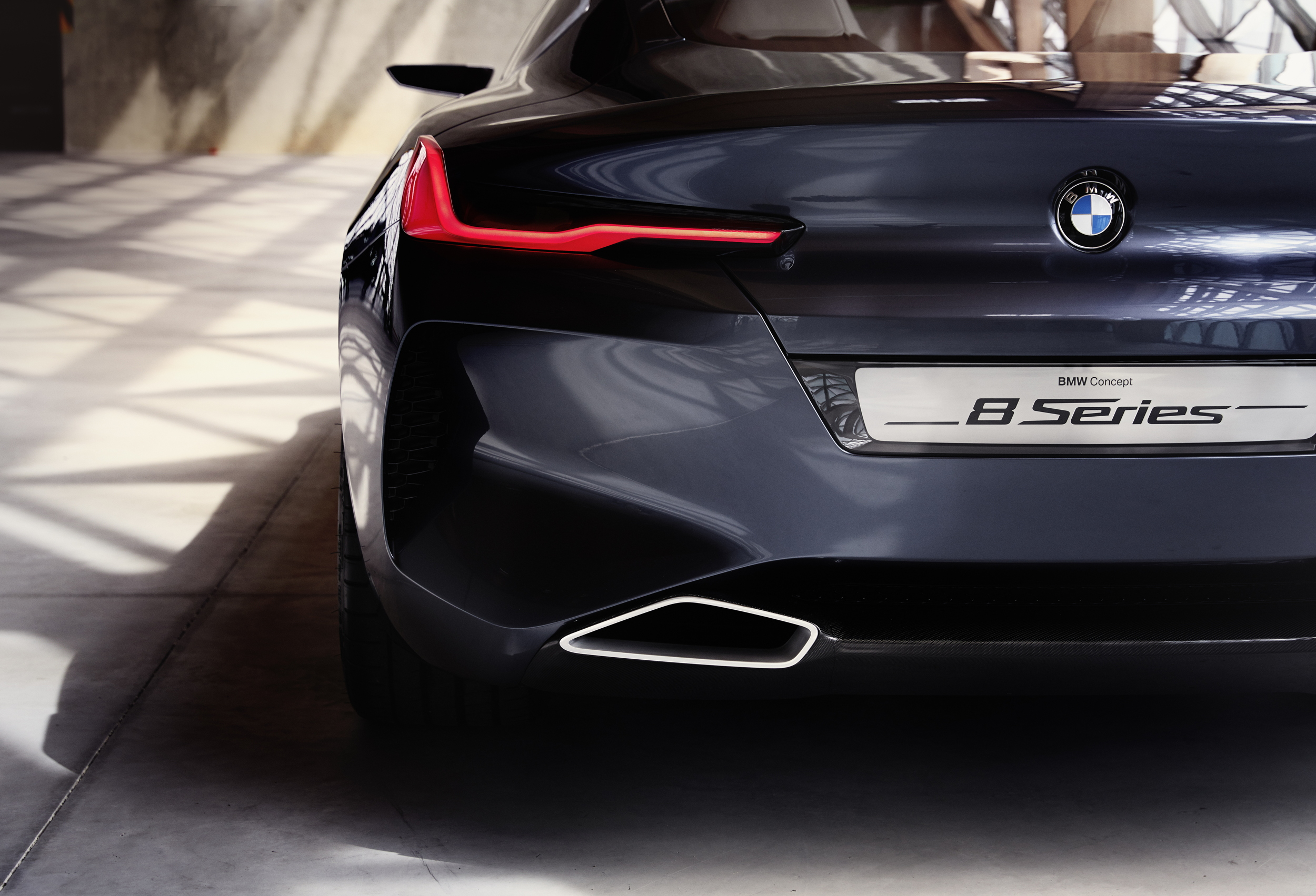 BMW CONCEPT 8 rear detail
