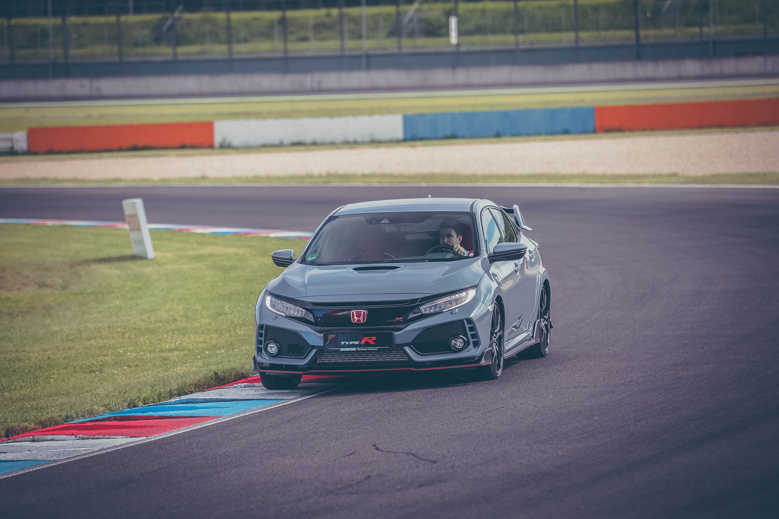 Honda Civic Type R FK8 on track