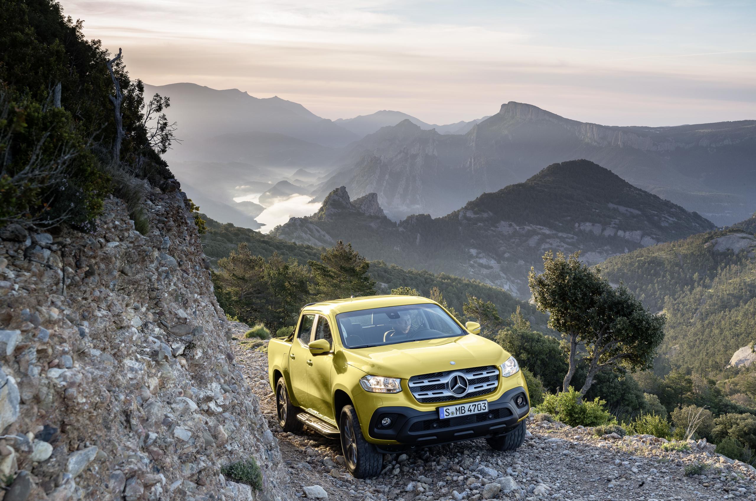 Mercedes-Benz X-Class Progressive landscape