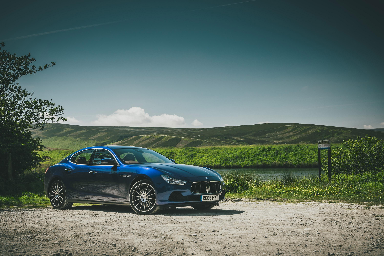 Maserati Ghibli S front three-quarter