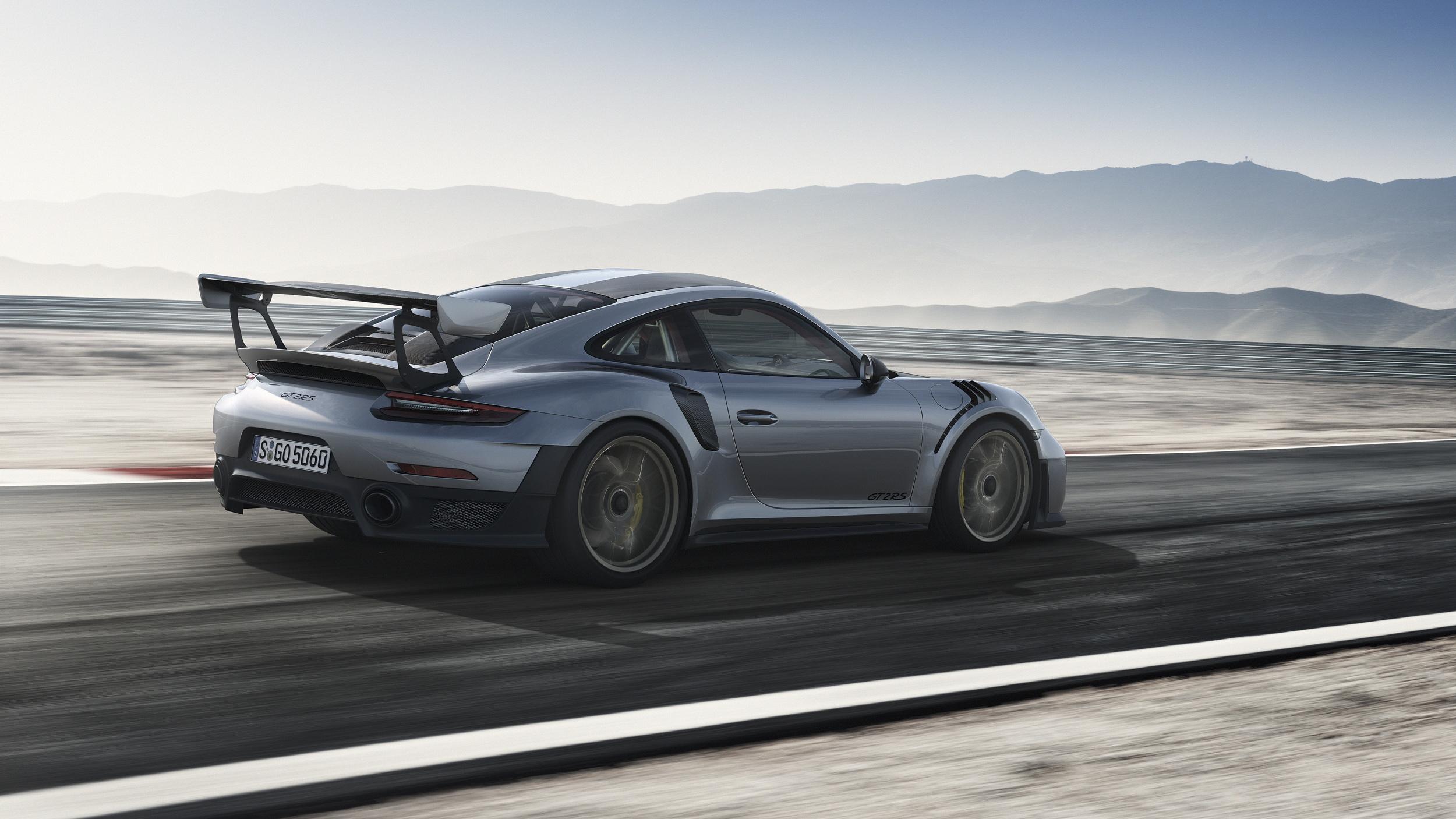 2017 Porsche 911 GT2 RS side