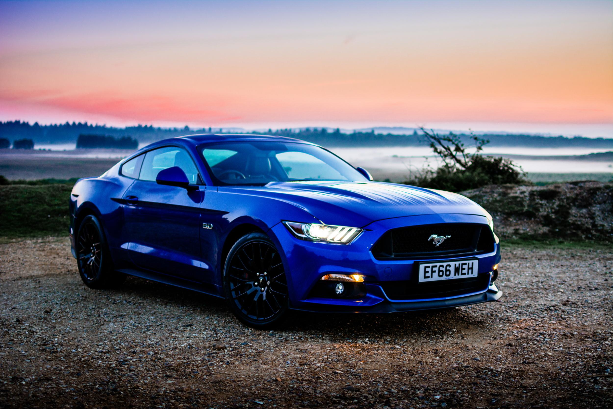 Ford Mustang sunrise