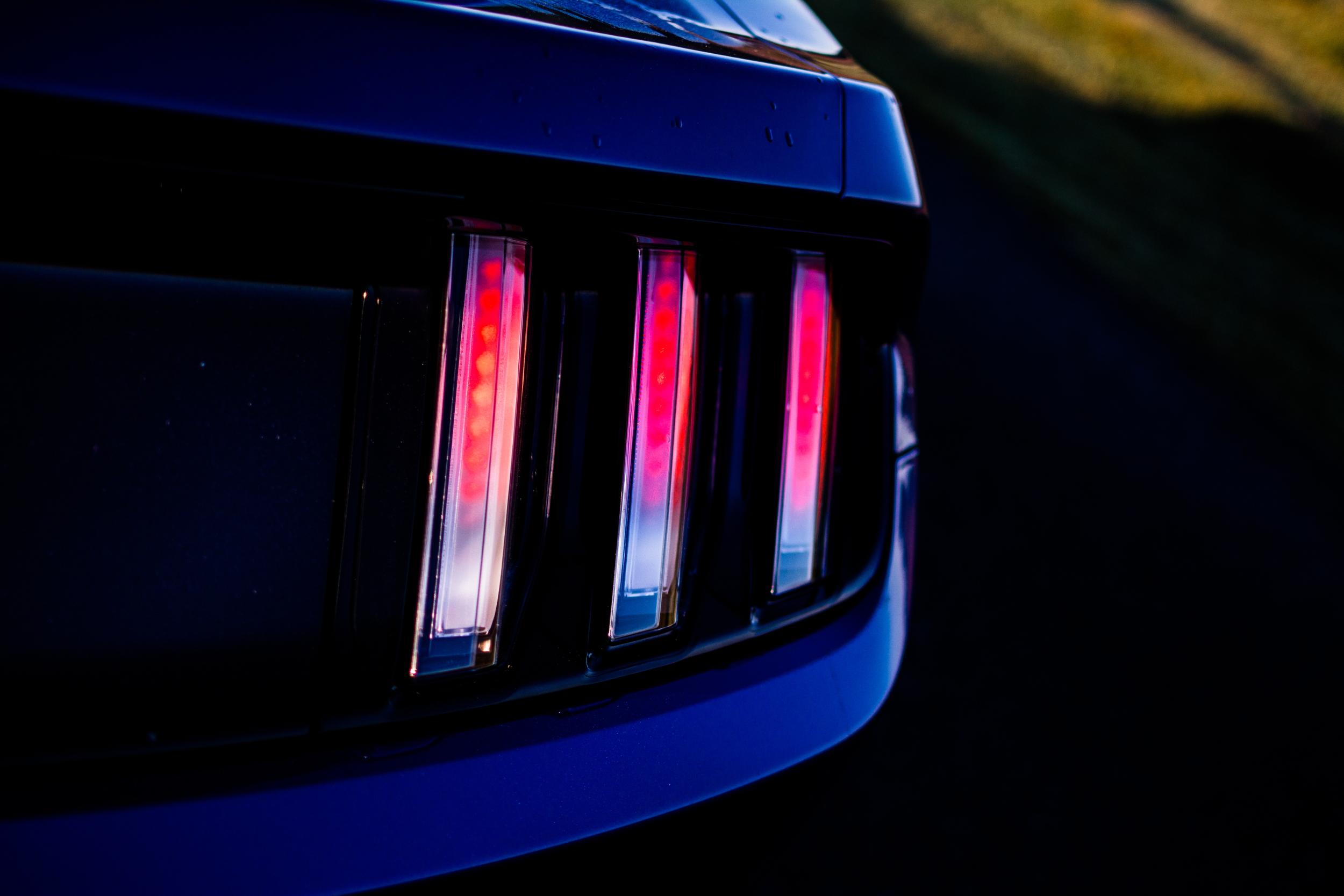 Ford Mustang 2017 brake light