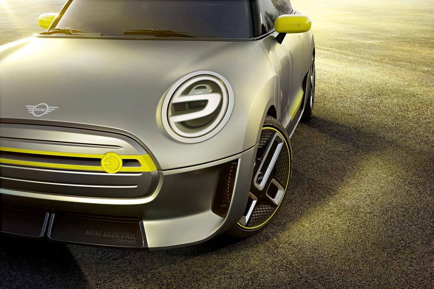 Mini Electric Concept front bumper