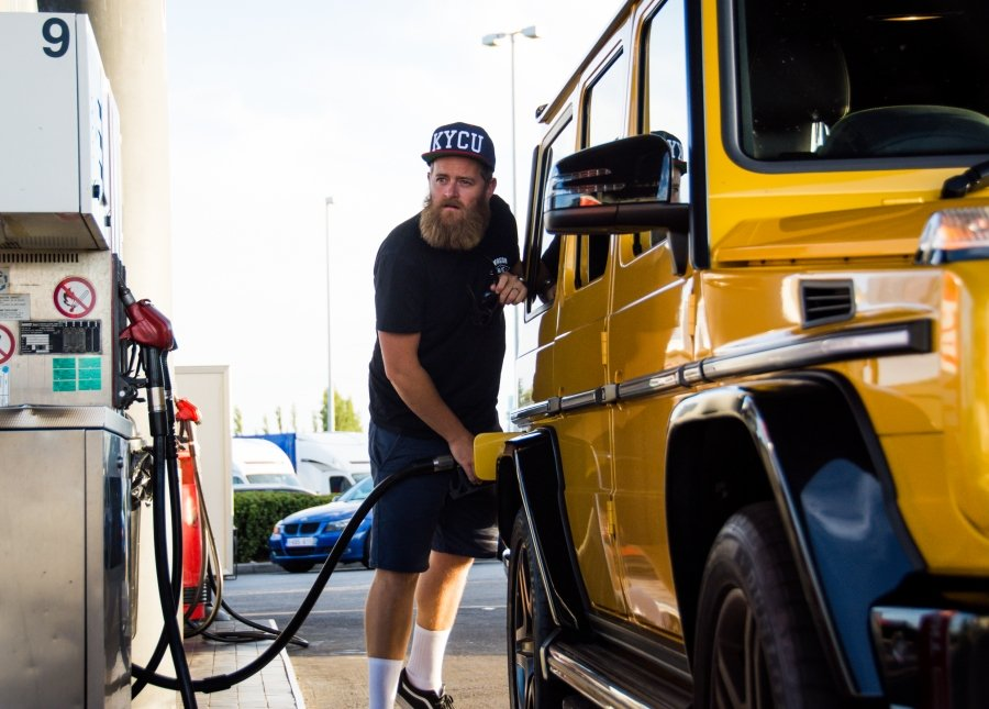 Jimmy Cregan refuelling Mercedes-AMG G 63