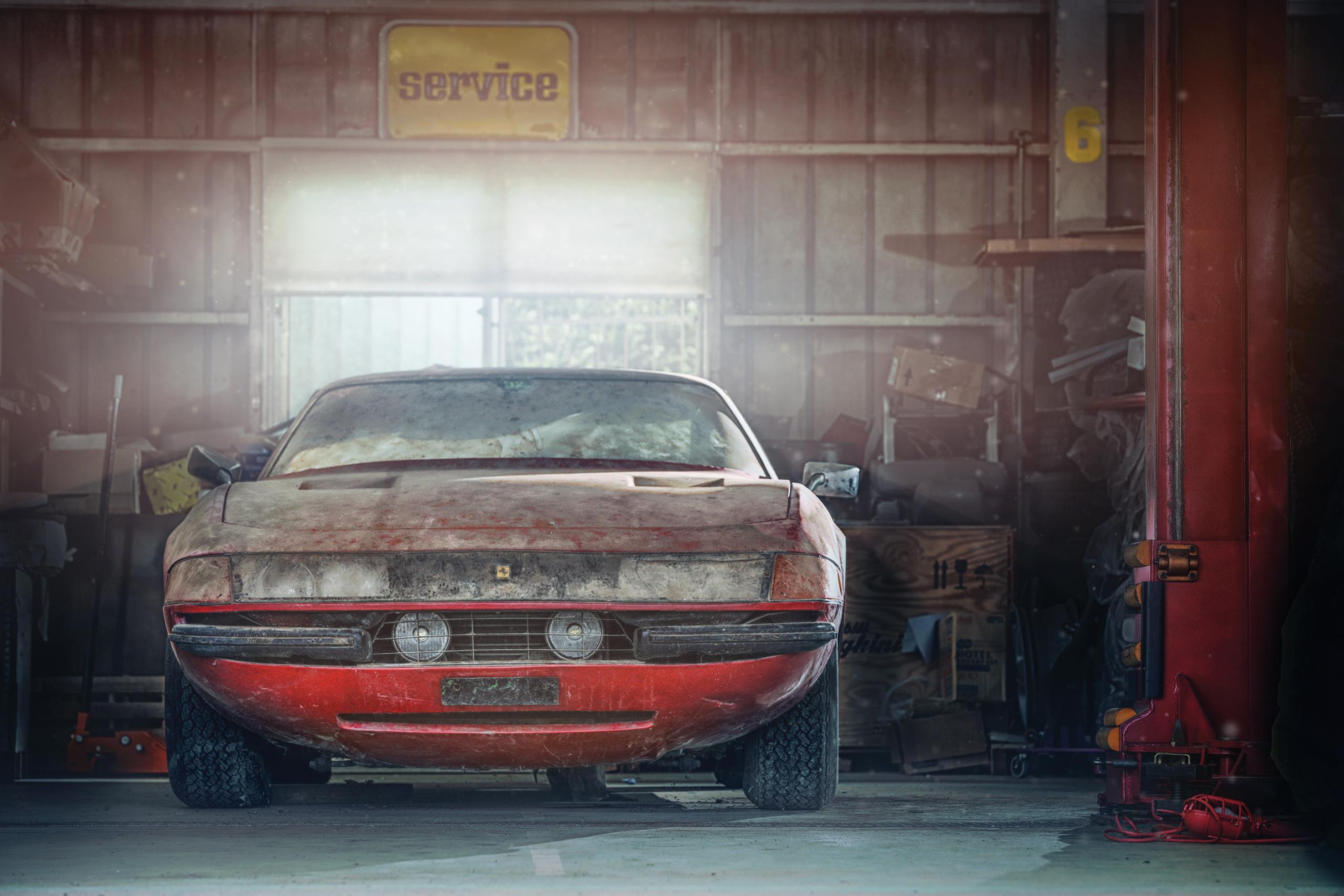 Ferrari 365 GTB/4 'Daytona' barn find front