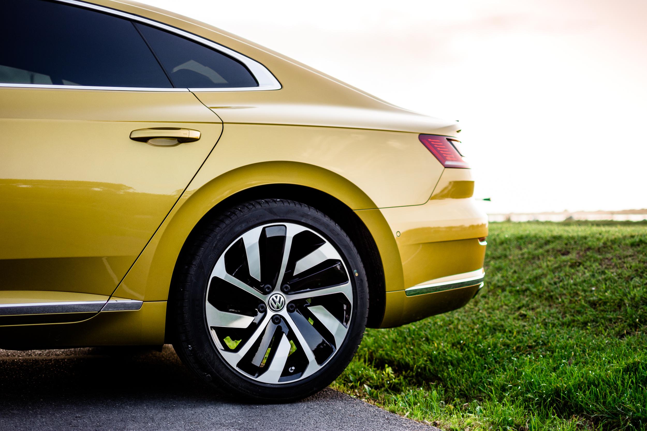 Volkswagen Arteon TSI (Web)-11