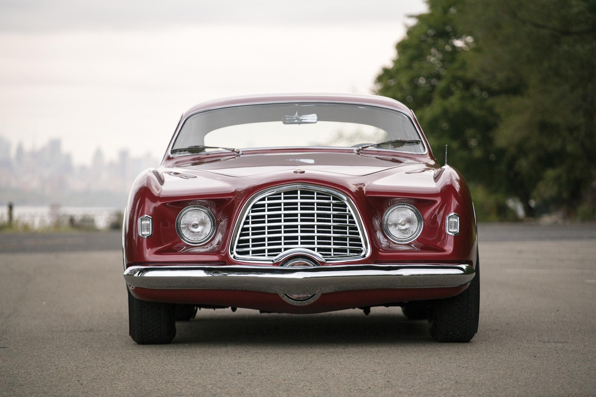 1952 Chrysler D'Elegance by Ghia front