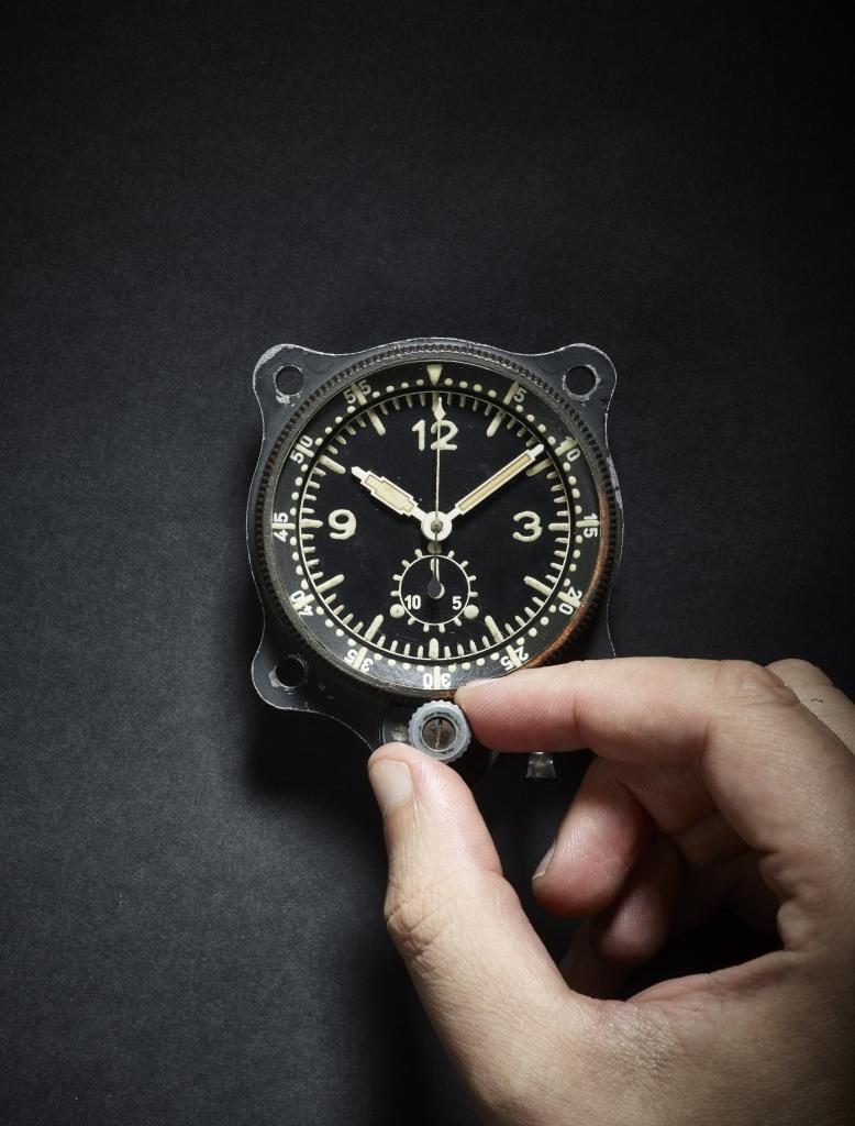 C9 Me 109 Single Pusher Chronograph