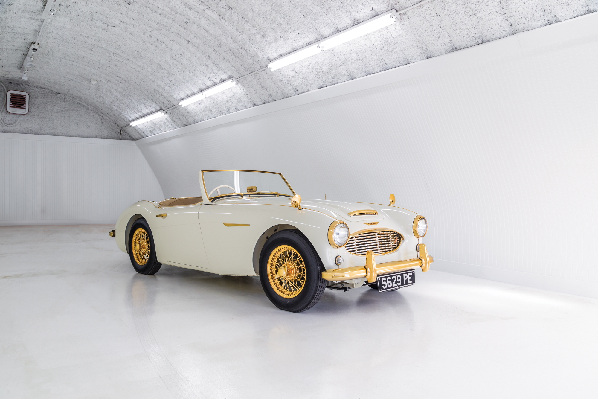 "Austin Healey 100-6 ""Goldie"""