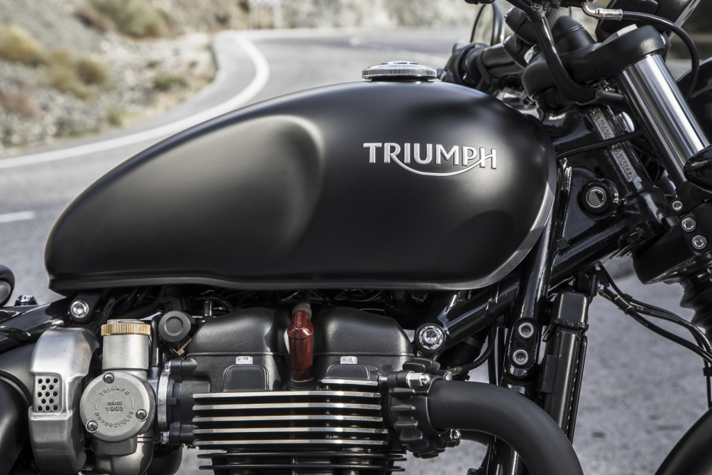 Triumph Bobber Black Press Ride 12_17-1378