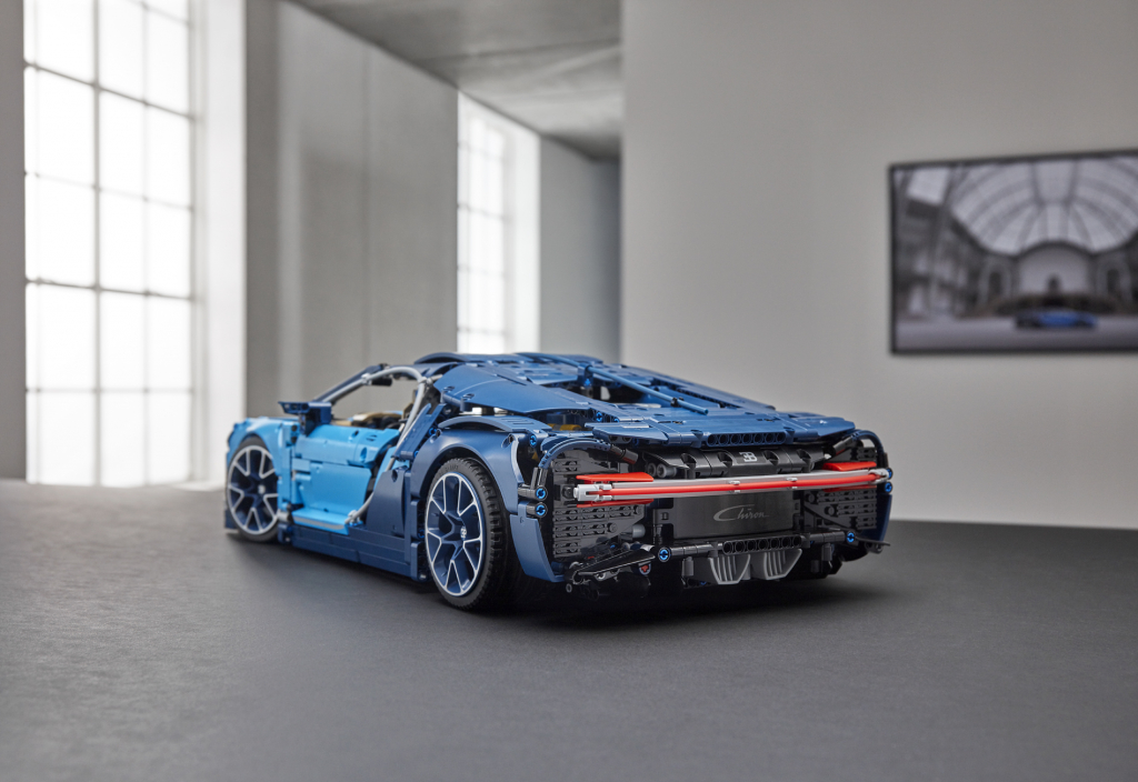 LEGO Technic Bugatti Chiron scenic shot next to real Bugatti Chiron