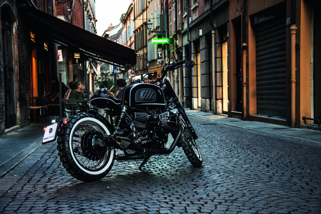 ARES DESIGN for the BMW R nineT - Street - Rear ¾