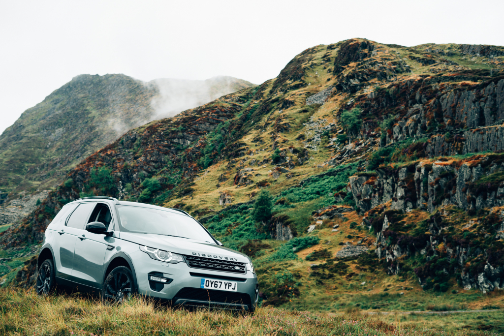 Land Rover Discovery Sport Surf Snowdonia
