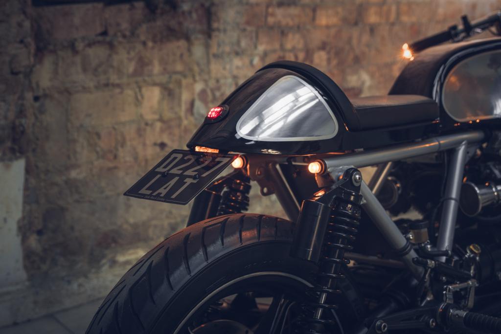 Side Rock Moto Guzzi 2018 High Res-19