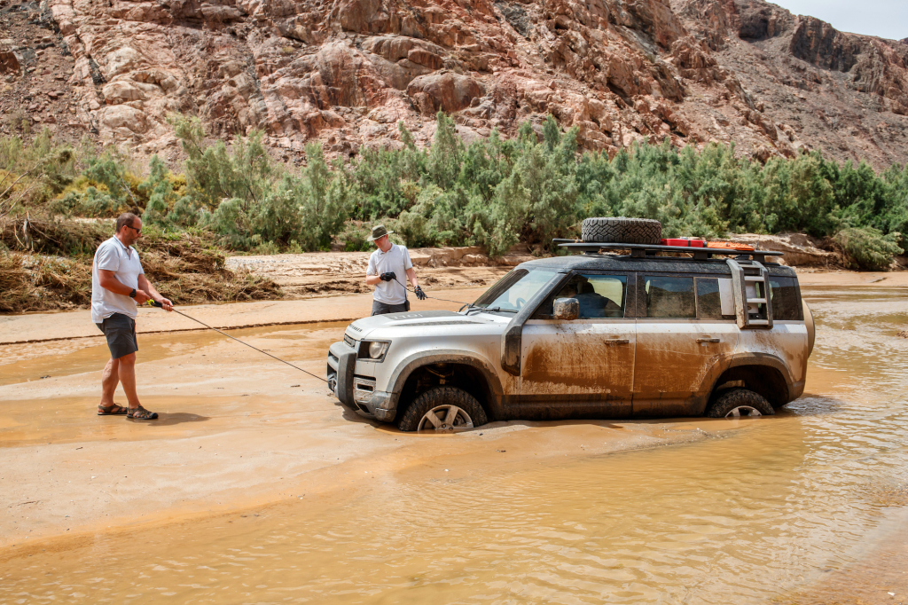 Land Rover Defender Namibia