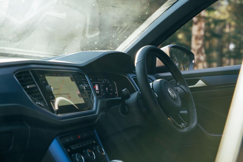 VW T Roc R